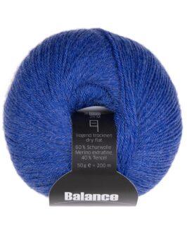 Balance<br />13Blau
